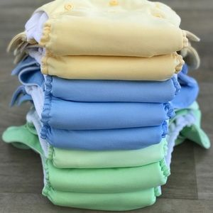 Lot of 8 BumGenius Pocket Diapers